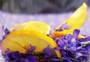 Veilchenansatz für Sirup vorbereiten