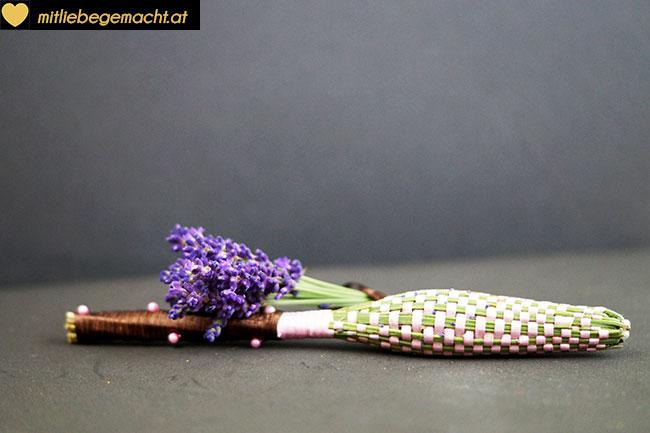 Lavendelstab fertig umwebt