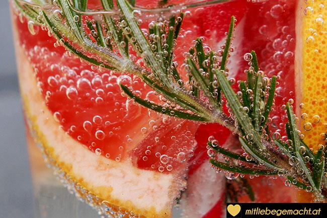 Grapefruit Rosmarin Wasser