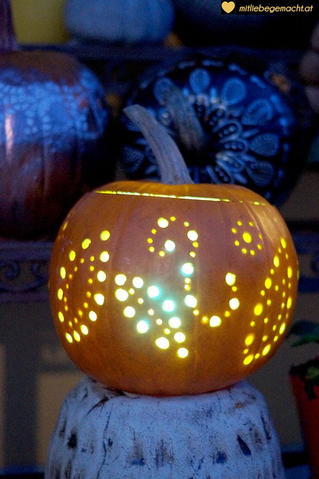 Kürbis mit LED Steuerung
