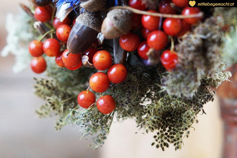 Beeren, Eicheln und andere viele hübsche Dinge