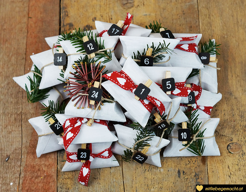 upcycling adventskalender mit liebe gemacht mit liebe gemacht. Black Bedroom Furniture Sets. Home Design Ideas