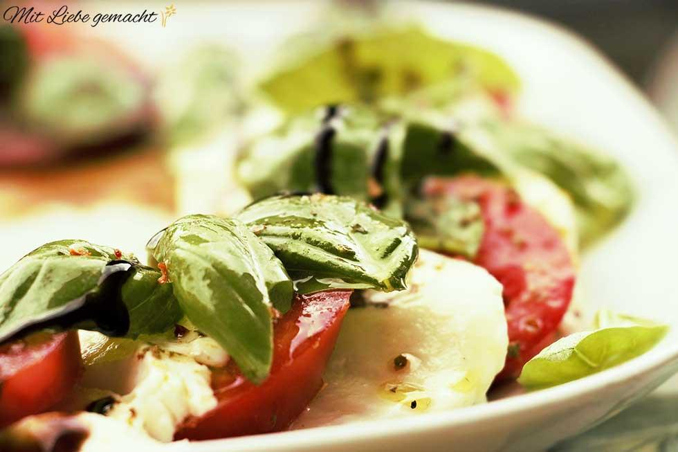 Mozzarella Basilikum - ein Genuss