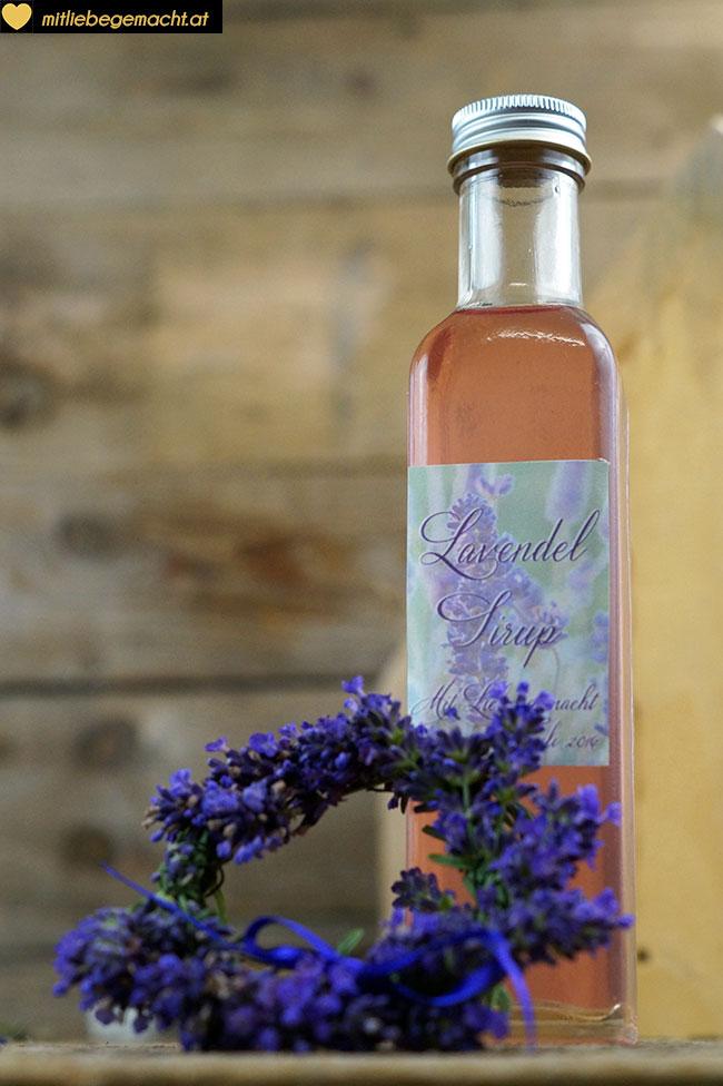 Lavendelsirup mit zarter Farbe