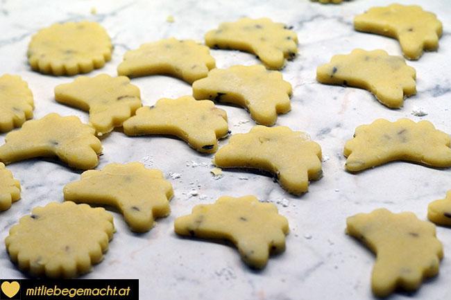 Kekse warten aufs Backen