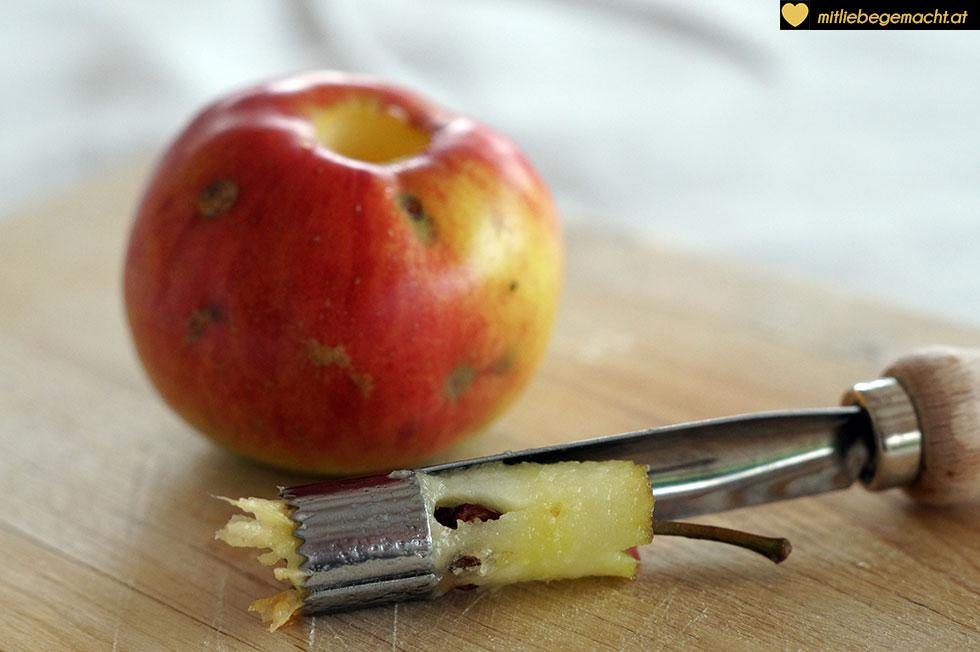 Gehäuse des Apfels entfernen
