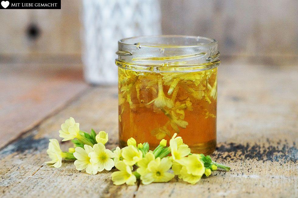 Schlüsselblumen geben ihre Wirkstoffe an den Honig ab