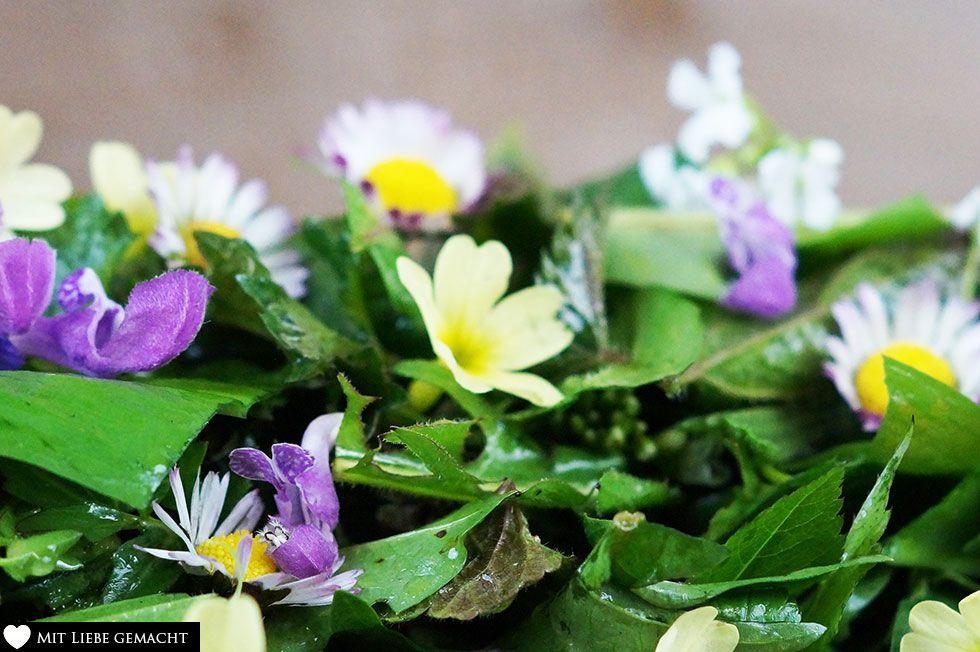 Wildkräutersalat – liefert viele wichtige Nährstoffe