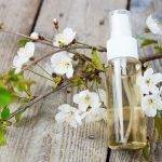 natürliches Deo aus Kirschblüten