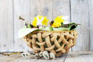 Osternester aus Brotteig