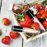 Natürliche Kosmetik aus Erdbeeren