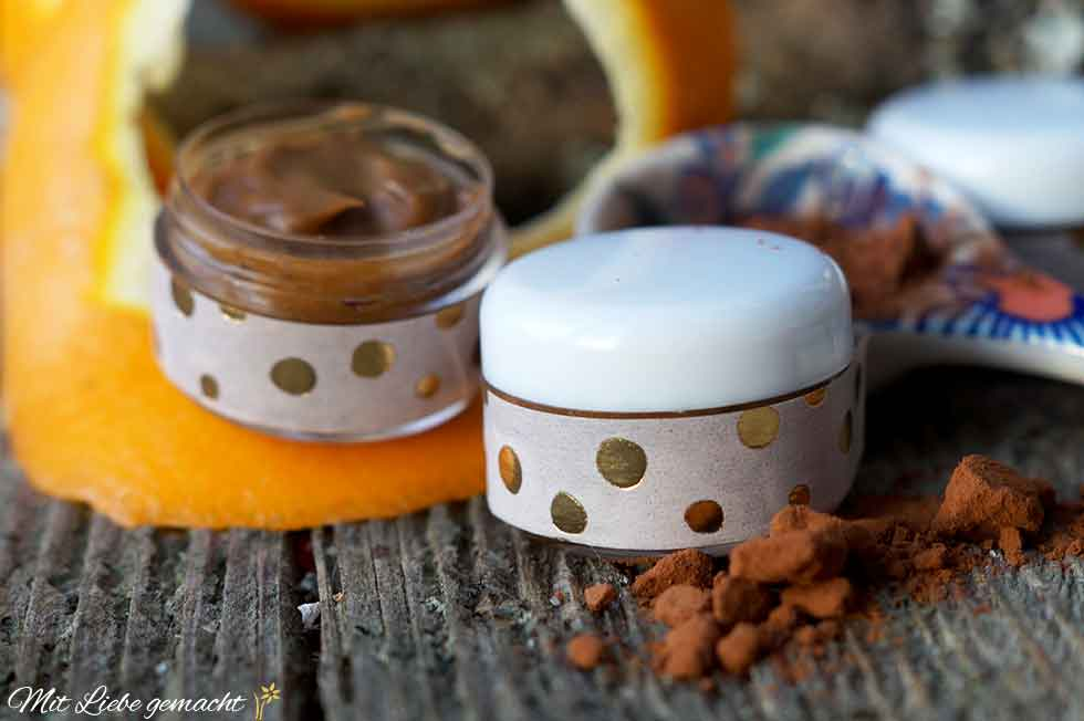 Orangen, Kakao und Zimt als Lippenpflege