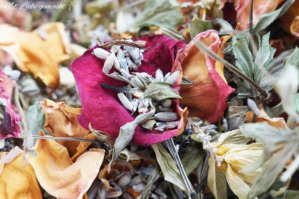 Kräutermischung mit Lavendel