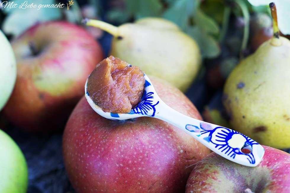 Apfelbutter passt perfekt zum Herbst