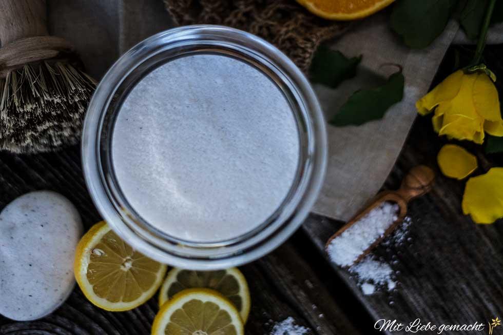 Reinigungspulver für den Geschirrspüler