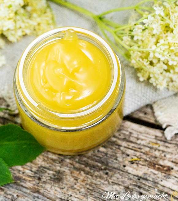 pflegt raue und rissige Haut - Holunderblütensalbe