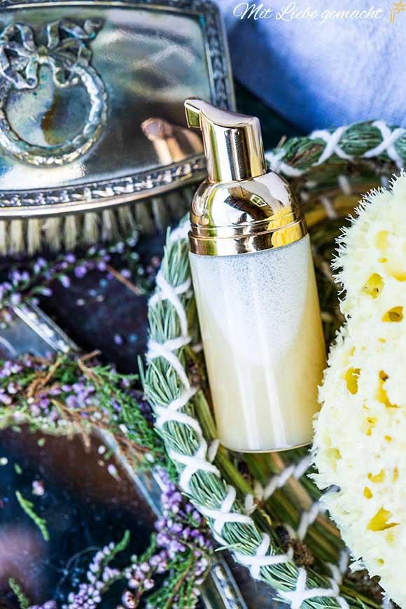 selbstgemachte Naturkosmetik – Flüssigseife und Handwaschschaum