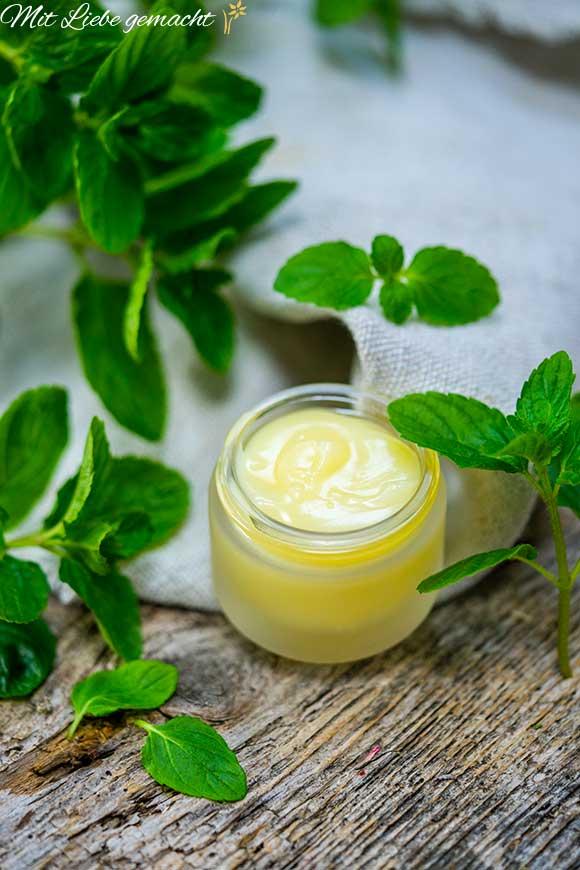 Ätherische Öle bei Kopfschmerzen
